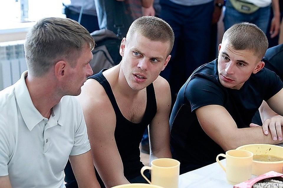 Кокорин и Мамаев Фото: Сергей Фадеичев/ТАСС