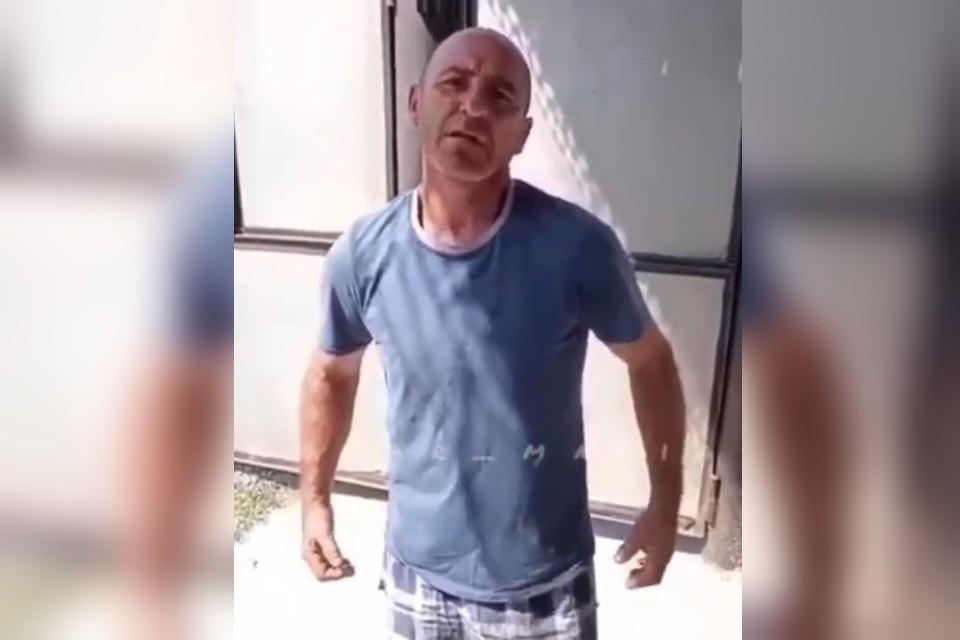 Мужчина готов рвать и метать. Фото: стоп-кадр