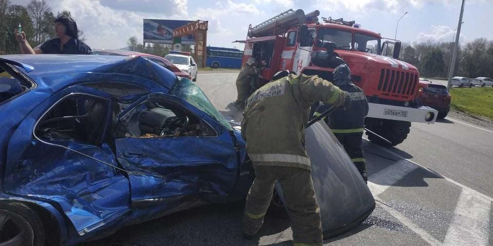 Жуткая авария в пригороде Владивостока - двое пострадавших