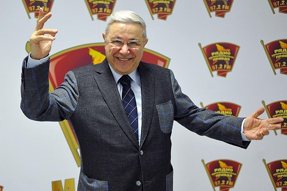 «Смехопанорама» Евгения Петросяна справит на днях свой тысячный выпуск