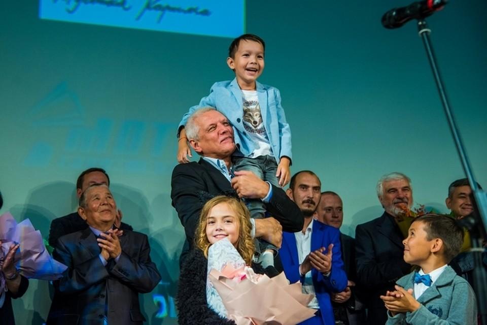 Александр Галибин утвердил на роль в фильме «Сестренка» уфимца Арслана Крымчурина, когда мальчику было всего пять лет