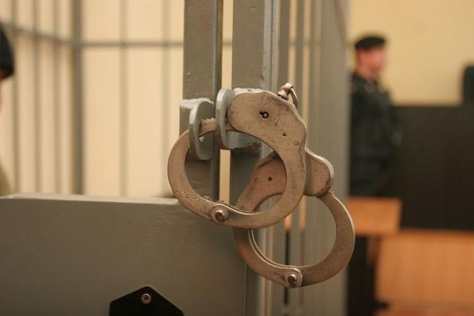 Хулигану придется подумать над своим поведением в местах лишения свободы.