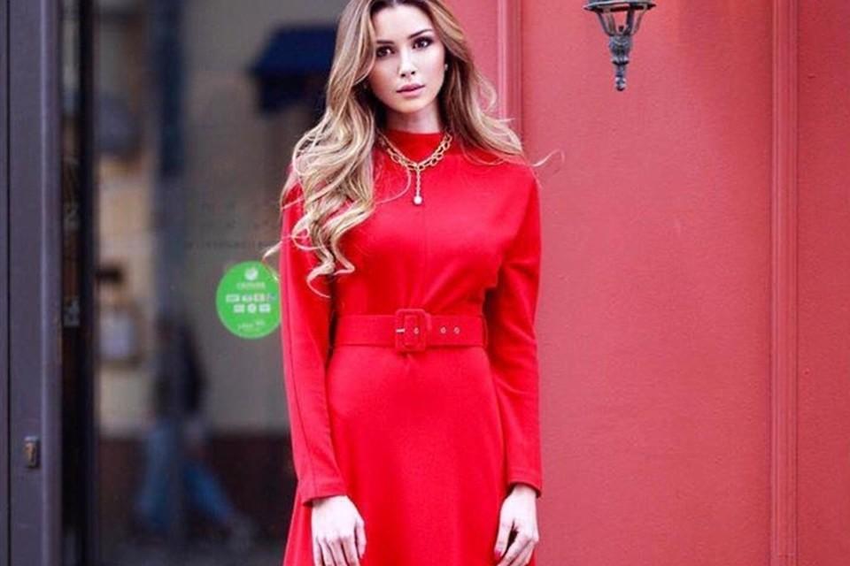 22-летняя Анна Заворотнюк приняла участие в модной фотосессии.