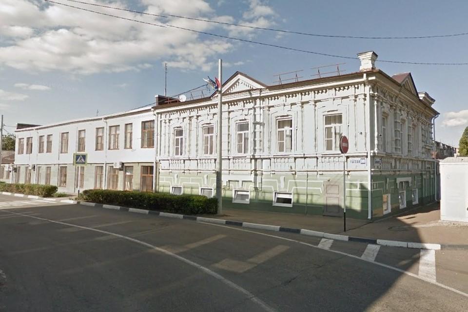 Здание интерната, откуда увозили детей на казнь, сохранилось до сих пор