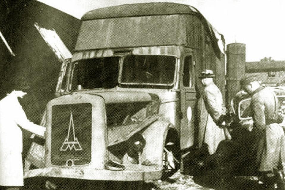 Такие автомобили использовались гитлеровцами в качестве передвижных душегубок.