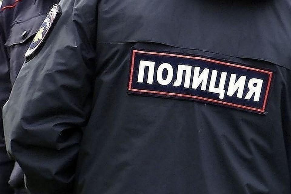 Лже-полицейские избили и ограбили парня из Казани в Мурино.