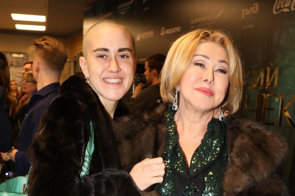 Любовь Успенская постоянно говорит, что дочь Татьяна является ее главной радостью в жизни.