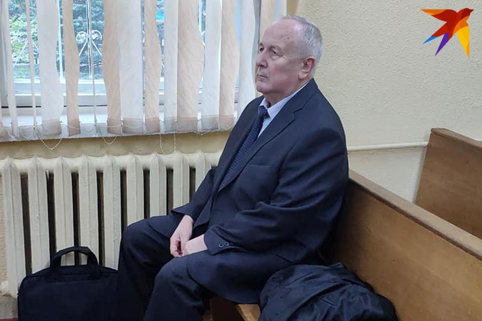 Вячеслава Бурского обвиняют по ч.3 ст.430 УК РБ «Получение взятки».