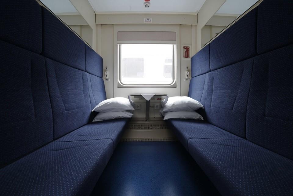 Вот такие вагоны повезут пассажиров на полуостров и обратно