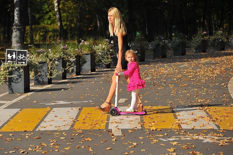 Опрос показал, сколько молодежи в России хочет, чтобы в семье всех обеспечивала женщина