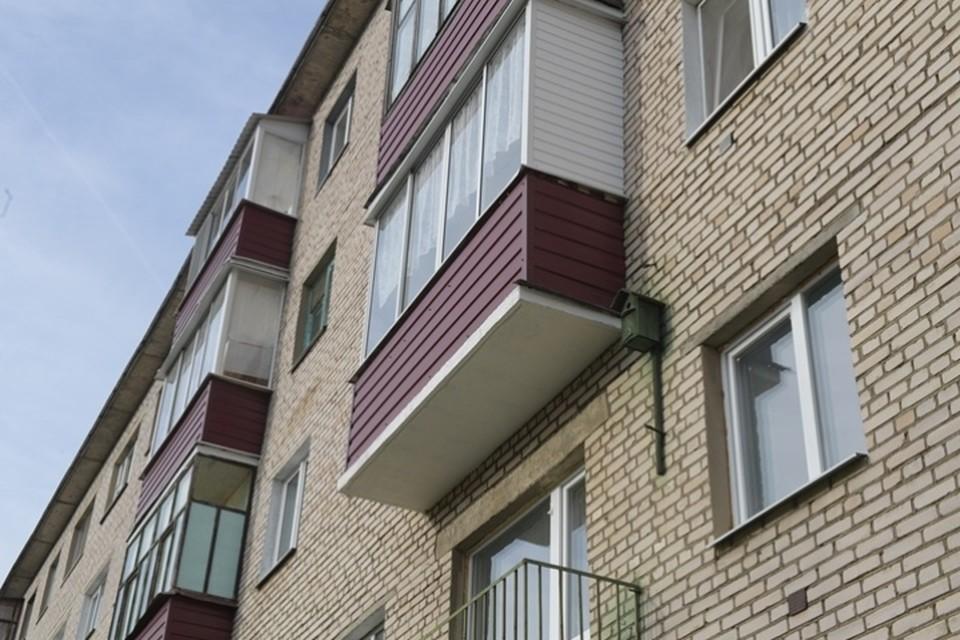 Новокузнечанин обворовал соседа через балкон четвертого этажа
