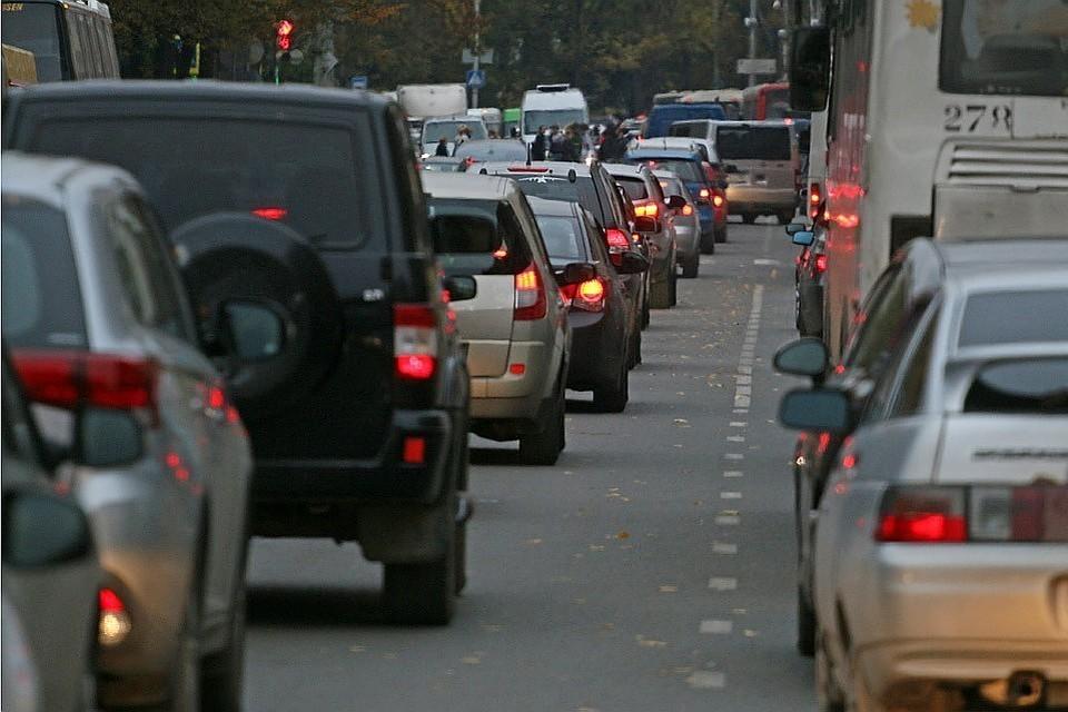 С завтрашнего дня по всей России стоимость прохождения водительской комиссии вырастет в несколько раз.