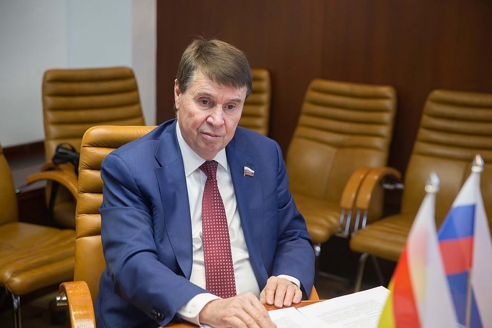 Сенатор от Крыма в Совете Федерации Сергей Цеков