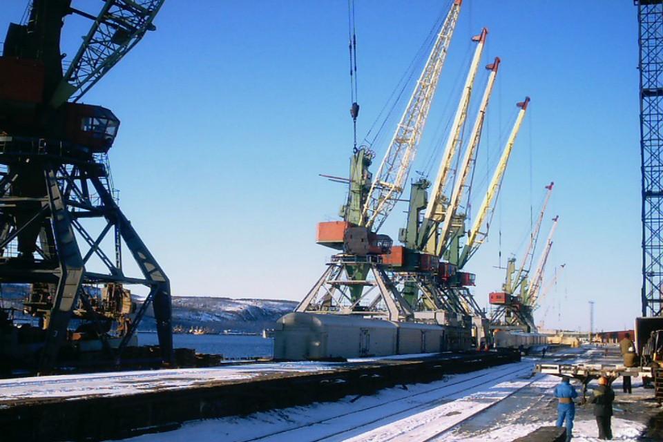 Порт заподозрили в уходе от уплаты налогов и других преступлениях. Фото: https://vk.com/club23578257