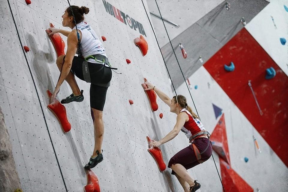 Вартовчанка победила в первенстве УрФО по скалолазанию. Фото центра спортивной подготовки сборных команд Югры.