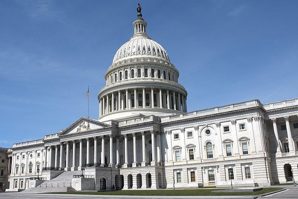 Конгрессмены США согласовали оборонный бюджет в $738 млрд