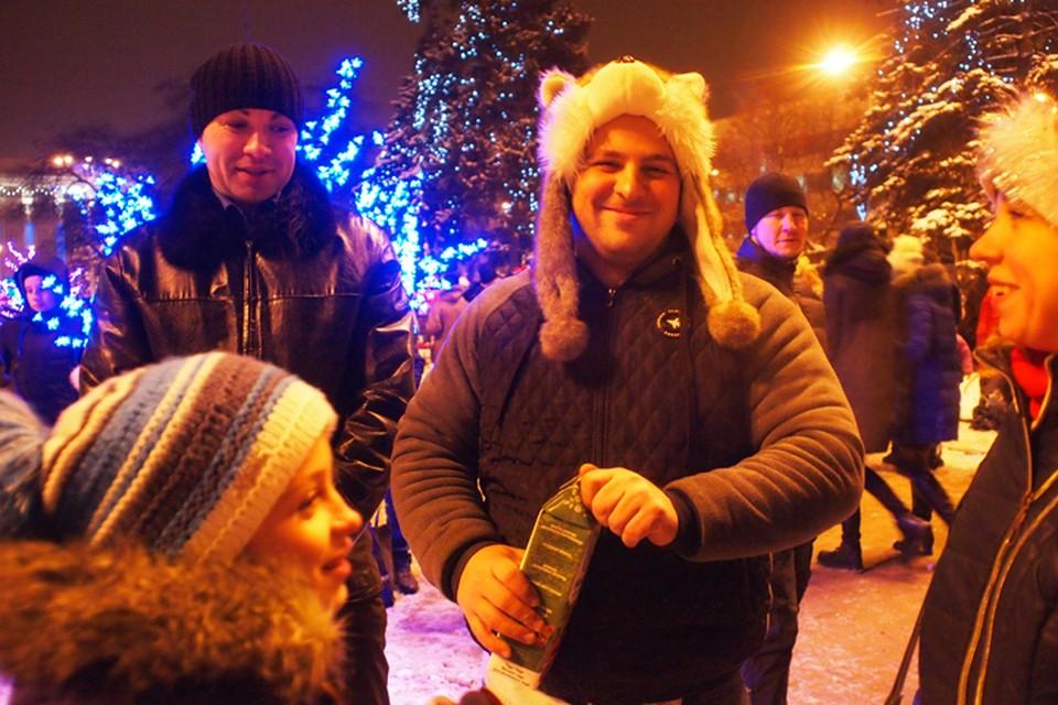 Целую неделю можно будет любоваться ночным Донецком