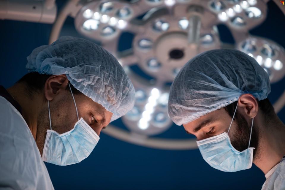 В 2020 году зарплаты врачей должны вырасти на 20%, а к 2025 году повыситься в два раза.