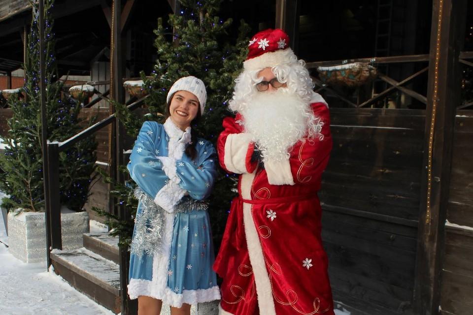 Дед Мороз со Снегурочкой в полной боевой готовности.