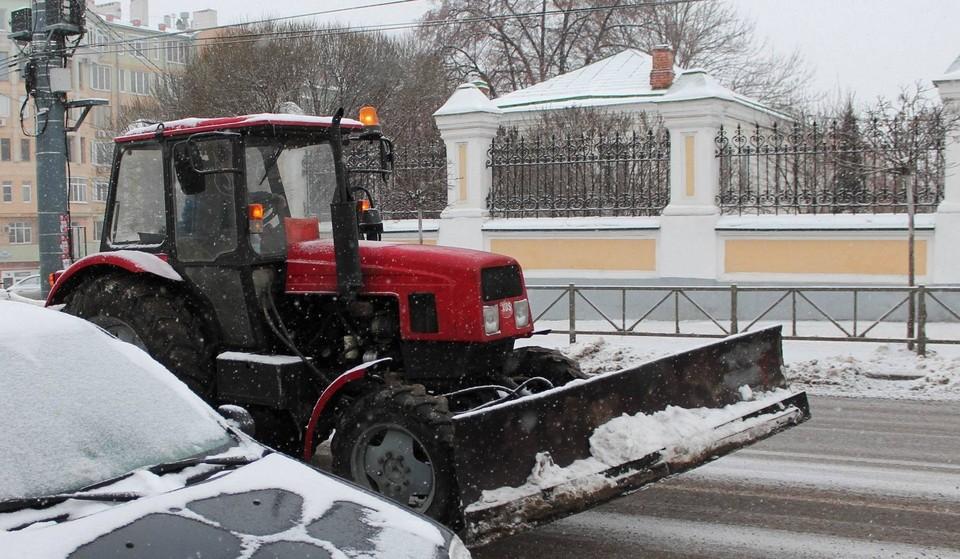 Все ноябрь и декабрь снегоуборочная техника в городе простаивала
