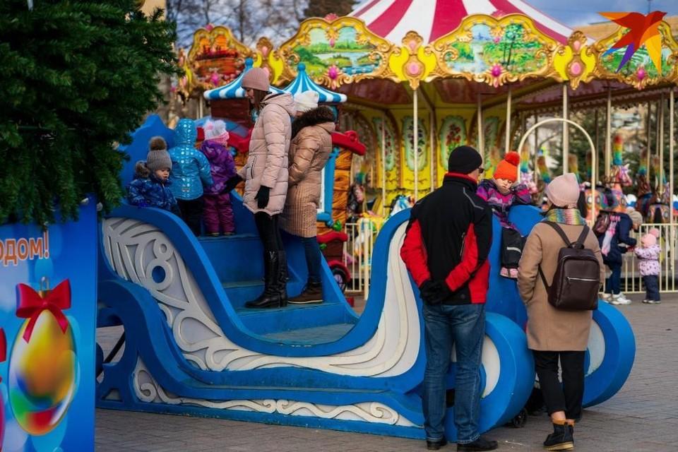 Новогодняя атмосфера на площади Ленина в Орле может сохраниться до 20 января