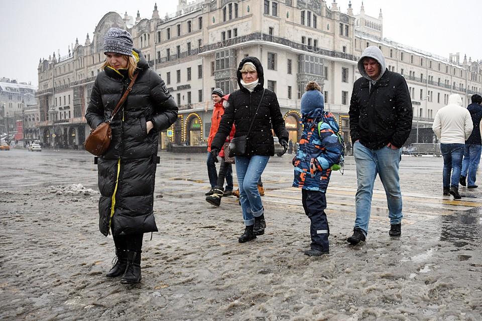 Зима не балует россиян снегом и морозом