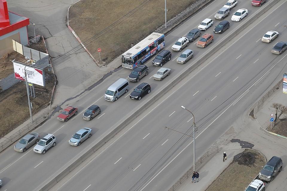 В Красноярске прокуратура оштрафовала мэрию за плохие дороги и освещение улиц