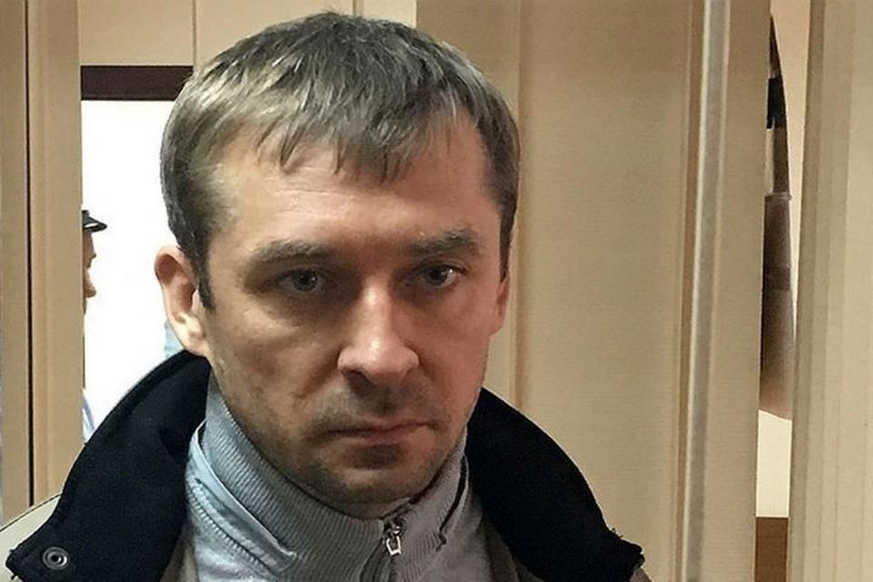 Следственный комитет перехватил переписку бывшего полковника Захарченко с возможными покровителями.