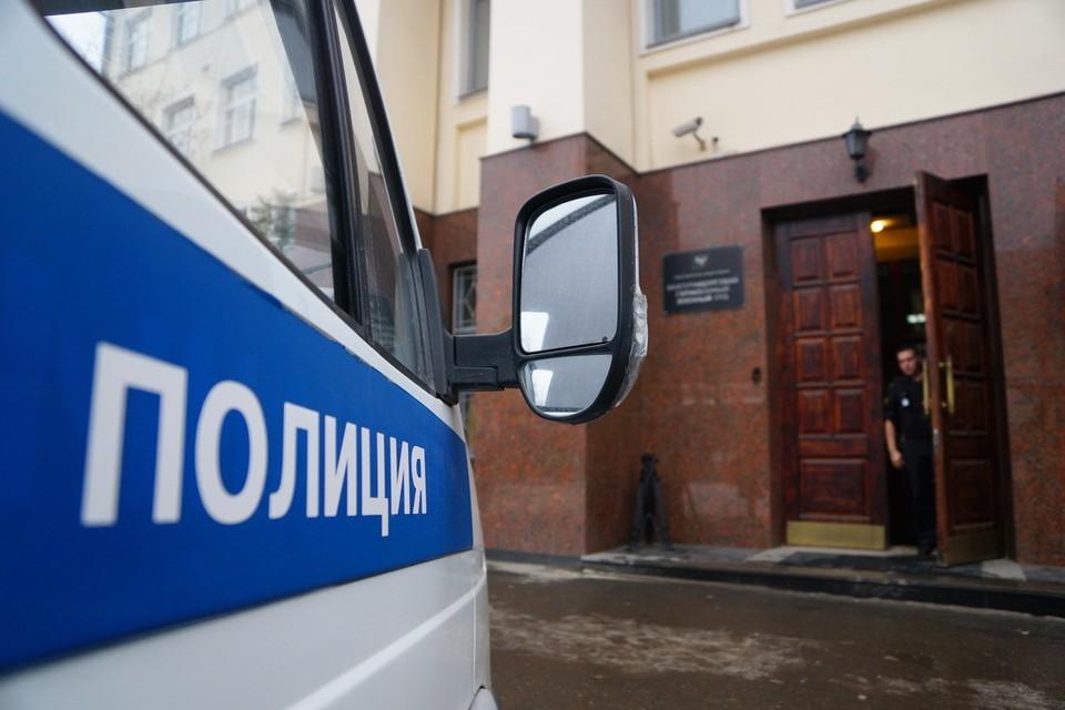 Хамство в отношении полицейских продолжилось и в отделении, куда доставили военнослужащего.