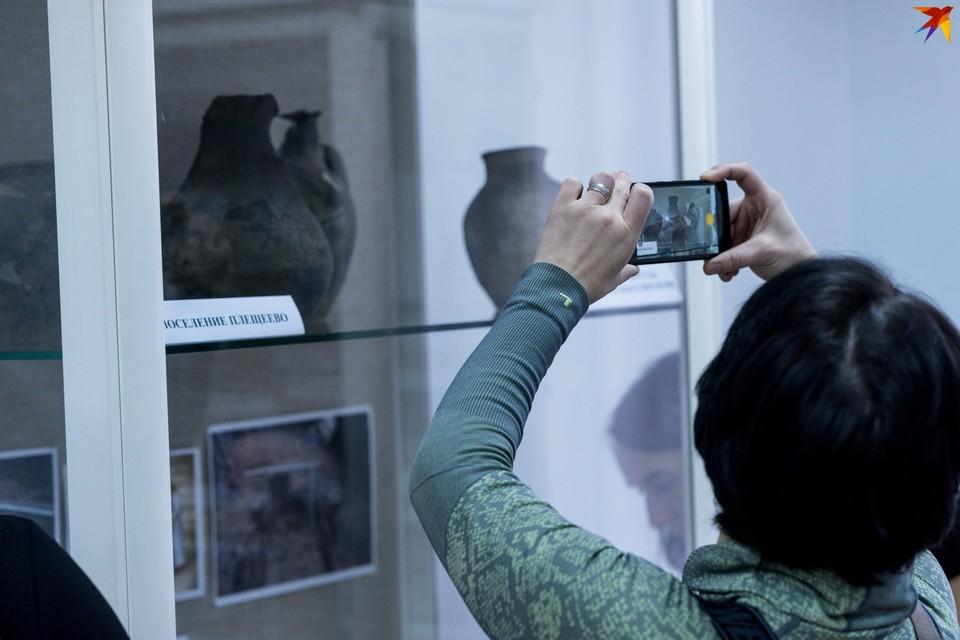 Орловцам показали уникальные археологические находки, найденные на Посадской
