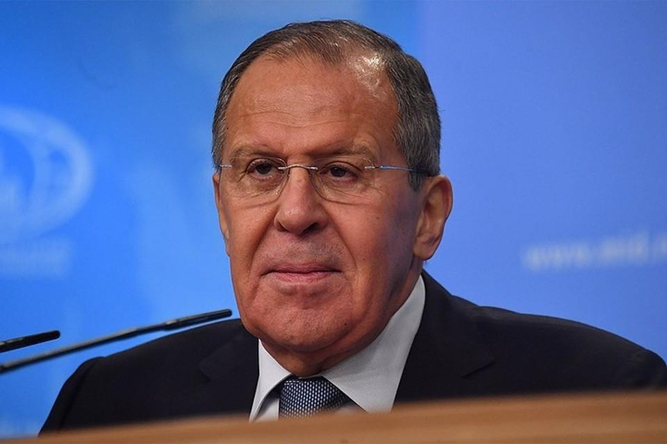Лавров обсудил ход реализации трехстороннего соглашения с главами МИД Армении и Азербайджана