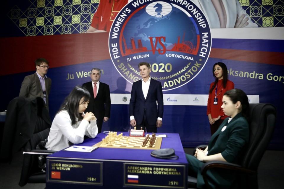 Спортсменкам предстоит провести еще три встречи. Фото: Александр Сафронов, правительство Приморского края