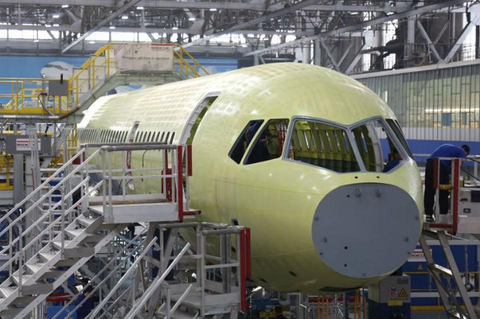 """По 72 самолета в год: видео из цехов, как собирают новый пассажирский лайнер ХХI века МС-21. Фото: корпорация """"Иркут"""""""