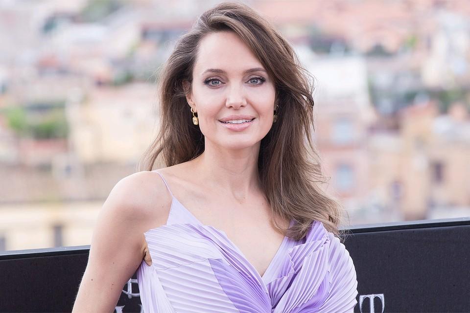 Анджелина Джоли вновь проигнорировала церемонию вручения Оскара.