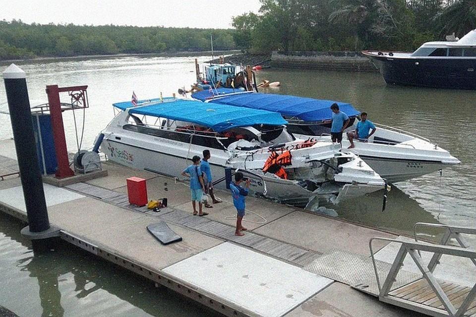 Утром 10 февраля у берегов Пхукета на большой скорости лоб в лоб столкнулись два таких судна: погибли двое детей из Челябинска, еще 20 российских туристов получили травмы.
