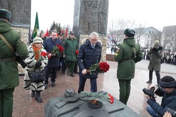 Митинг у мемориала «Афганские ворота» в Пензе