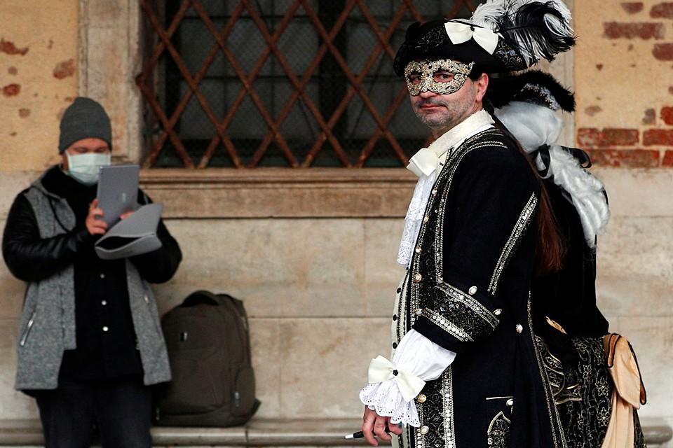 Власти Венеции из-за риска распространения коронавируса задумались о досрочном закрытии Венецианского карнавала