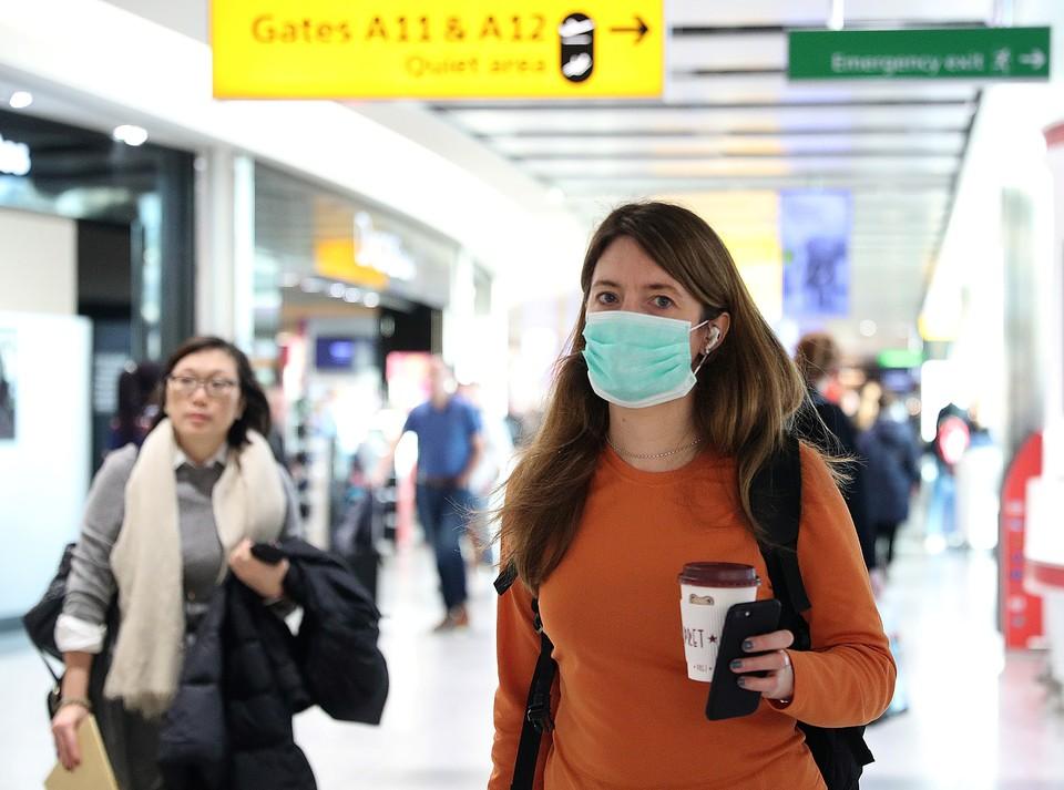 Маски нужны, в первую очередь, тем у кого уже есть симптомы коронавируса, либо тем, кто ухаживает за пациентами, сообщили в ВОЗ
