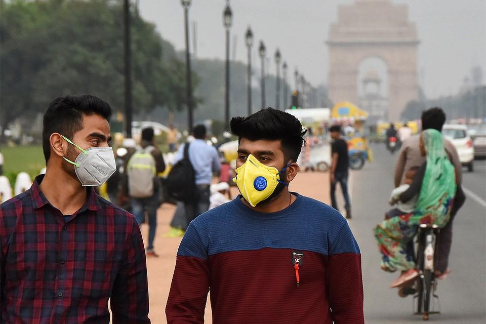 Индия фактически закрыла въезд для иностранных туристов с 13 марта.