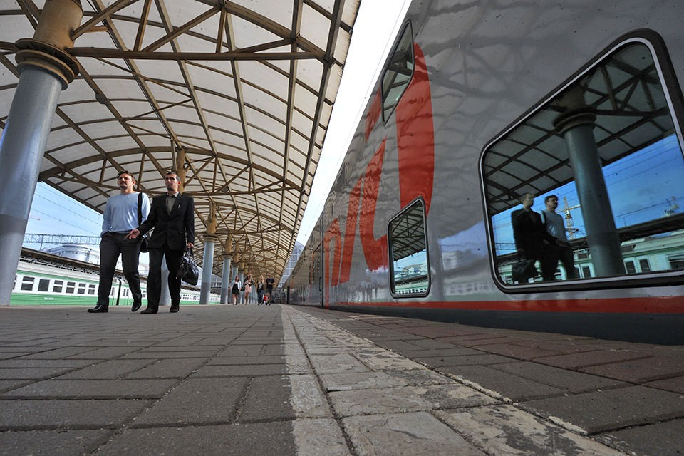 """""""Российские железные дороги"""" приняли решение отменить несколько поездов из Москвы в Берлин и Париж."""