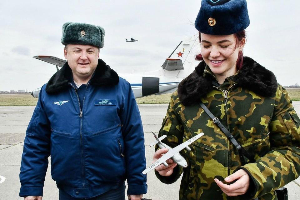 Уверенности девушек можно только позавидовать. Фото: Минобороны России.