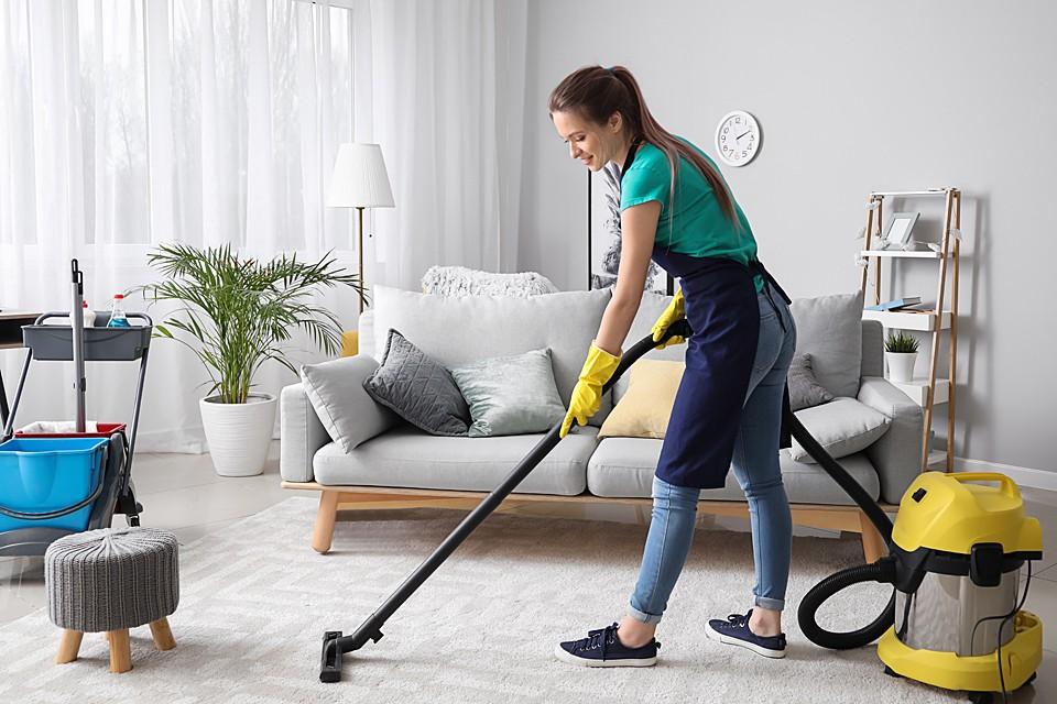 Влажная уборка и проветривание жилья - работающие способы снизить риск заразиться инфекцией