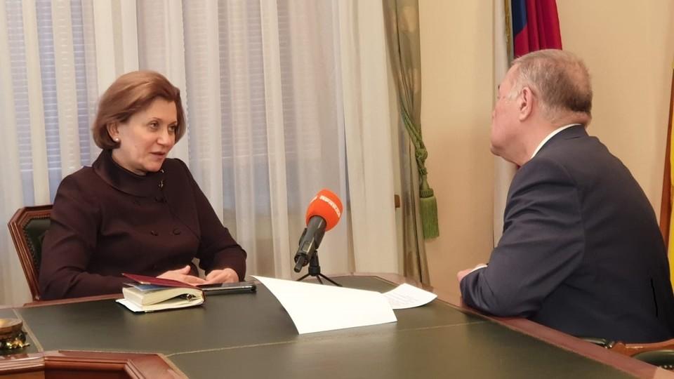 Александр Гамов вместе с руководителем Роспотребнадзора Анной Поповой