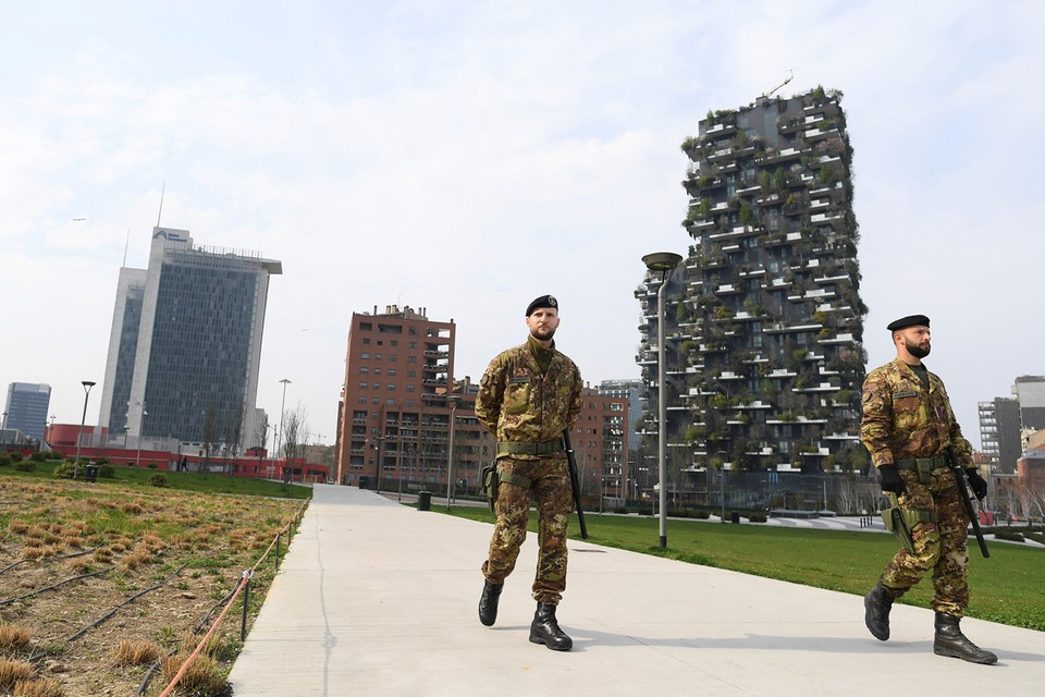Италия по прежнему находится на жестком карантине
