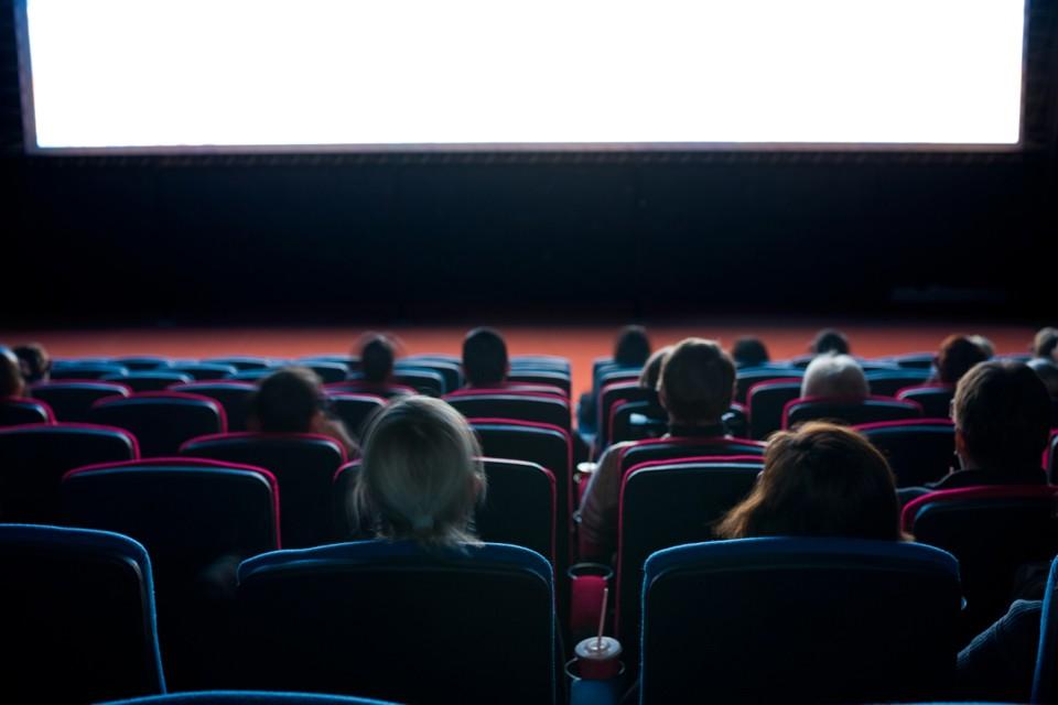 Кинопрокат начал страдать от пандемии коронавируса не сегодня. Сборы предыдущего уикенда были одними из худших в истории российского проката
