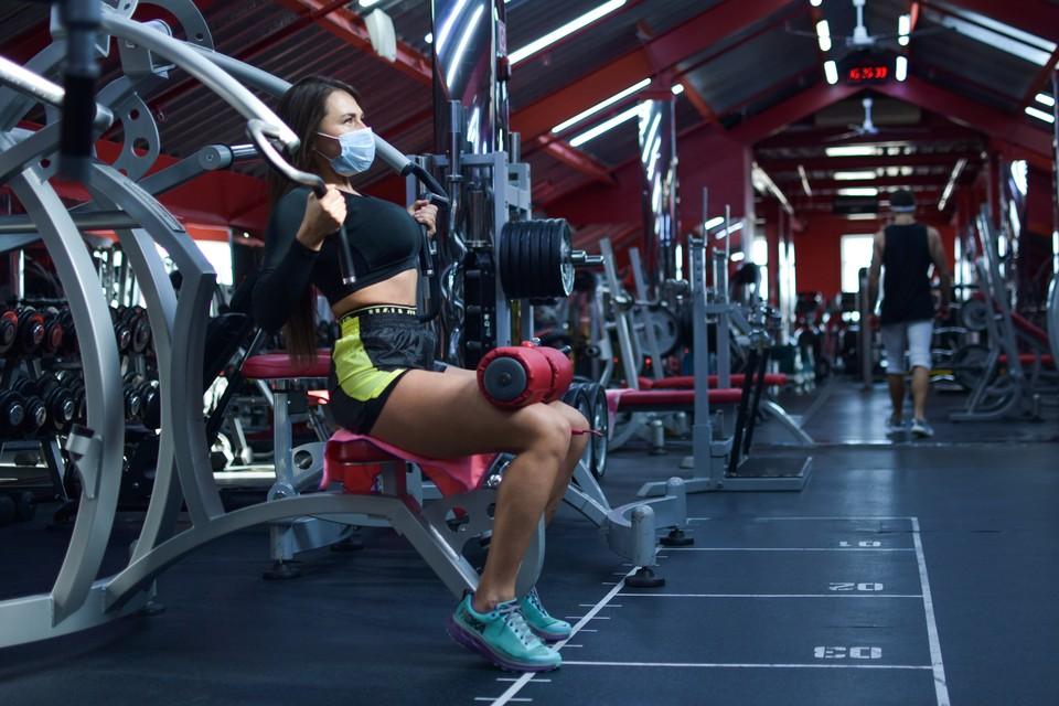 Пока фитнес-клубы закрываться не планируют