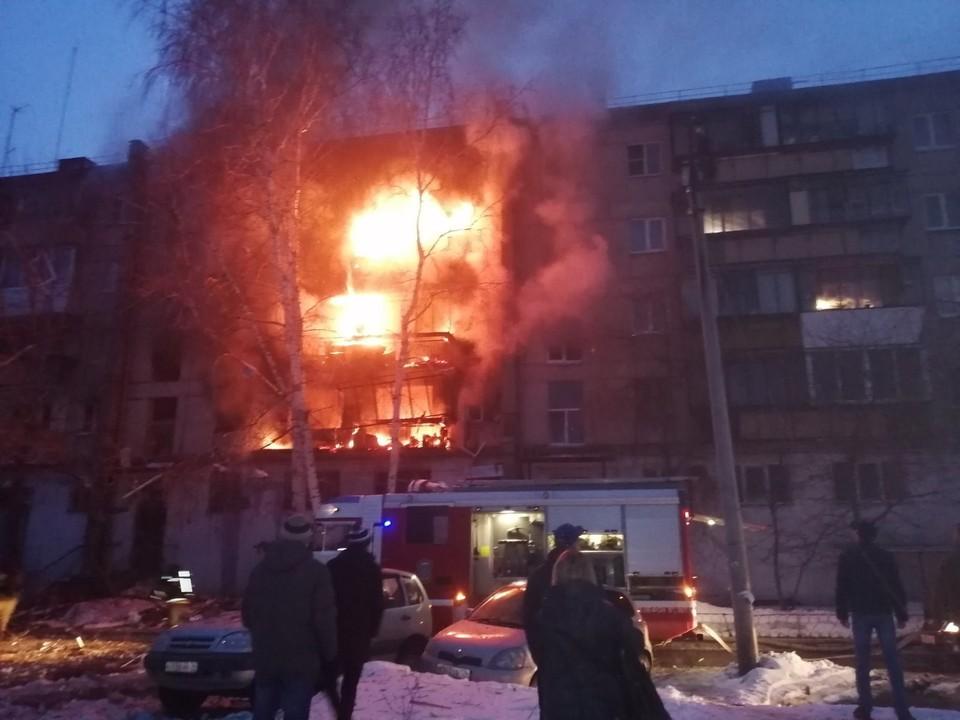 Огонь уничтожил пять квартир. Фото: ГУ МЧС по Челябинской области