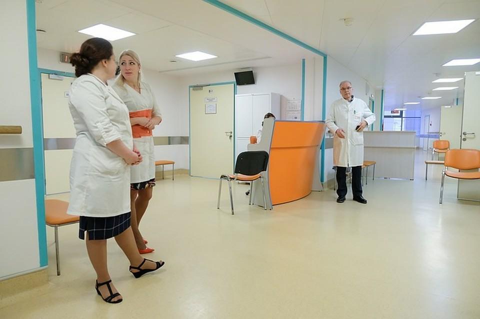 Главный эпидемиолог Минздрава дал прогноз по активности COVID-19 в РФ