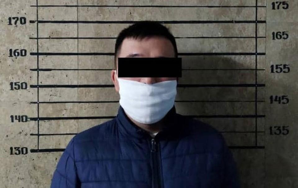 Задержанного допросили и отпустили под обязательство о явке (Фото: Комендатура Бишкека).