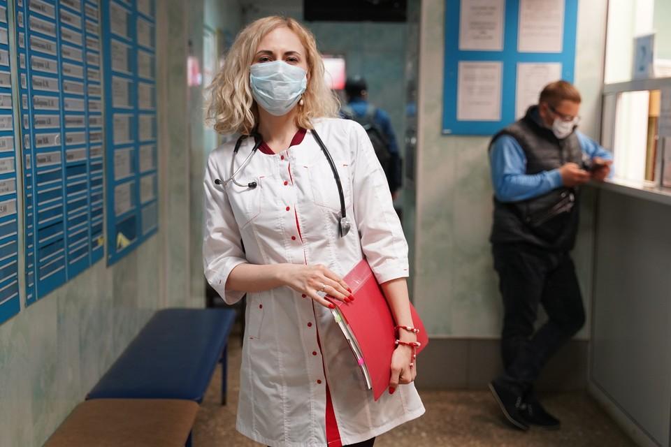 Всего в России зафиксировано 6343 заболевших коронавирусом
